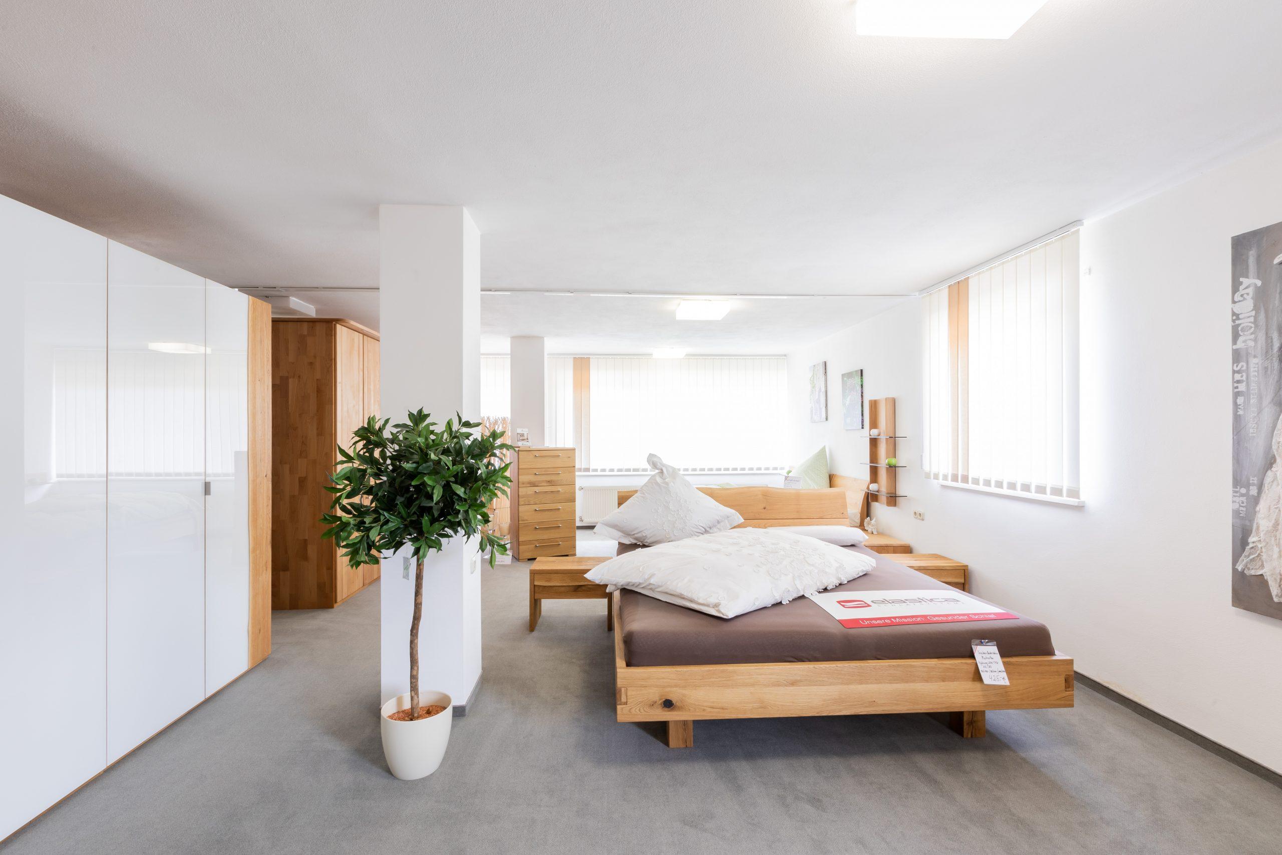 Große Schlafzimmerausstellung