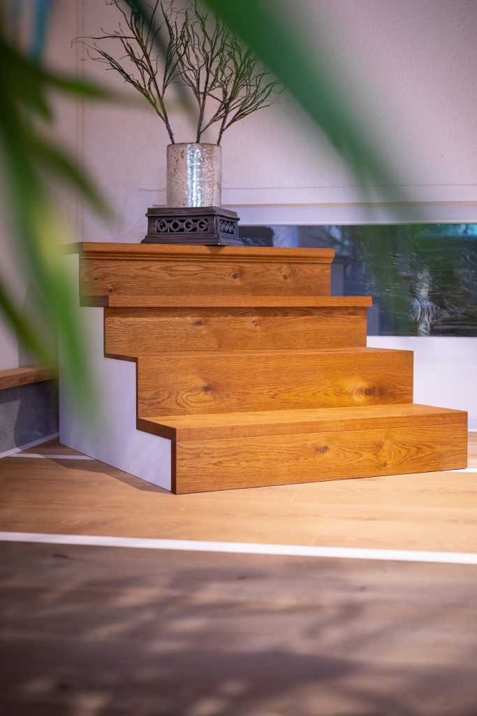 Holztreppe in Eiche